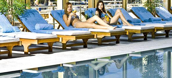 Hotele z basenem krytym Cypr